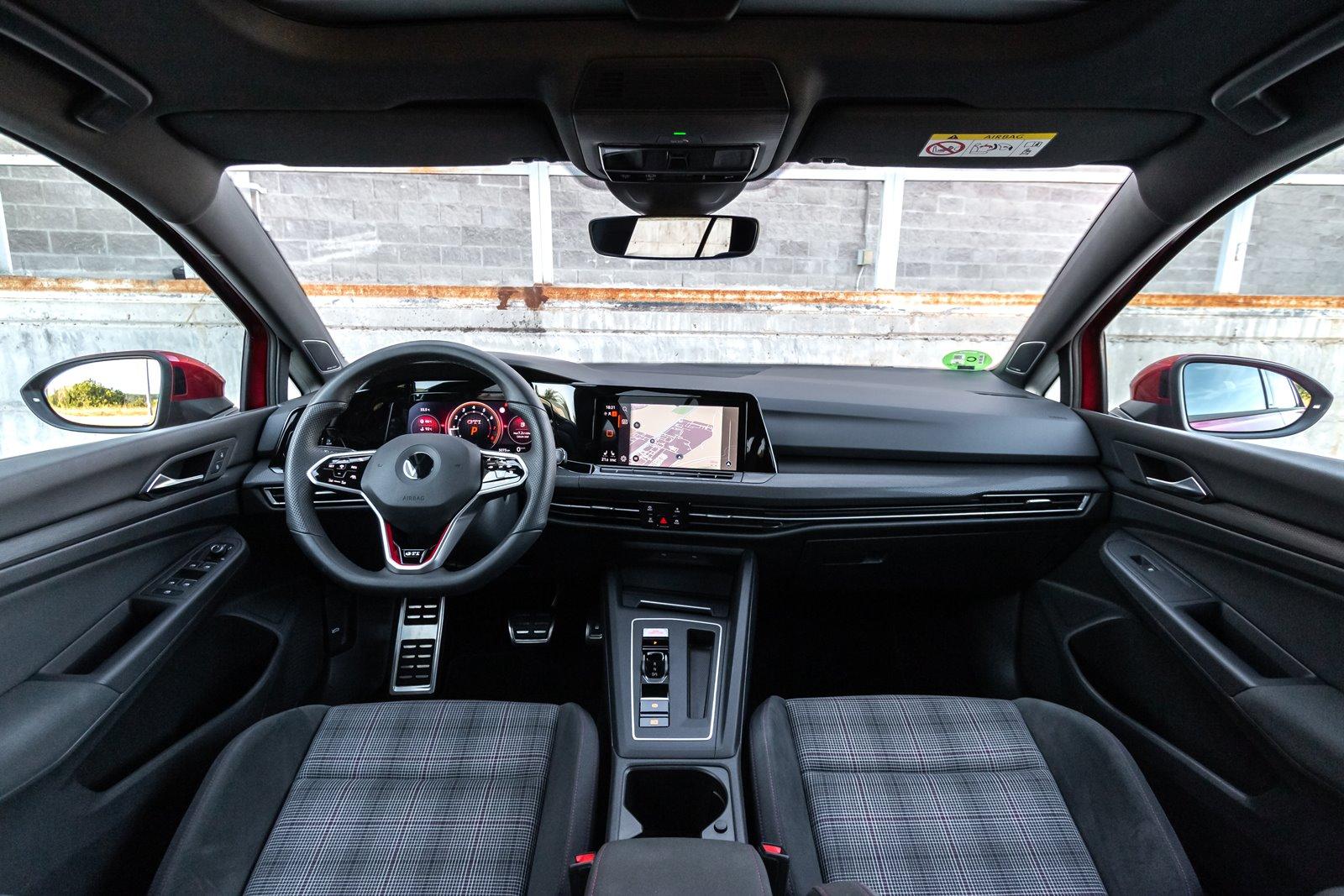 Interior Volkswagen Golf GTI