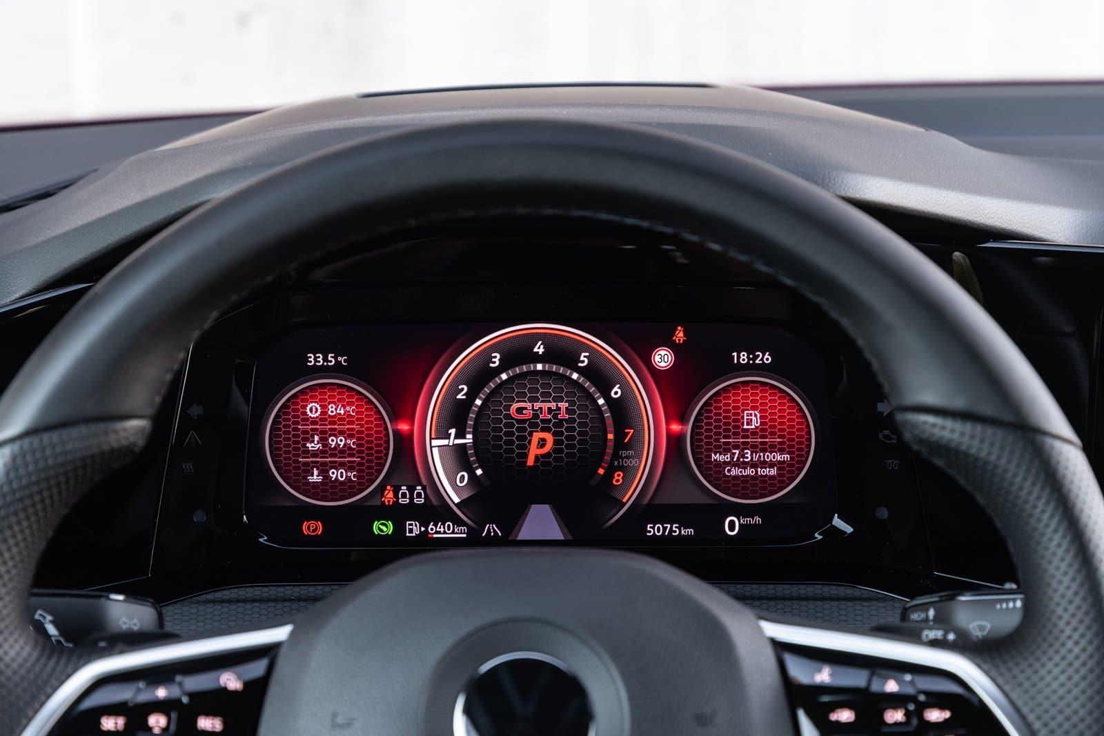 Innovision Cockpit Volkswagen Golf GTI