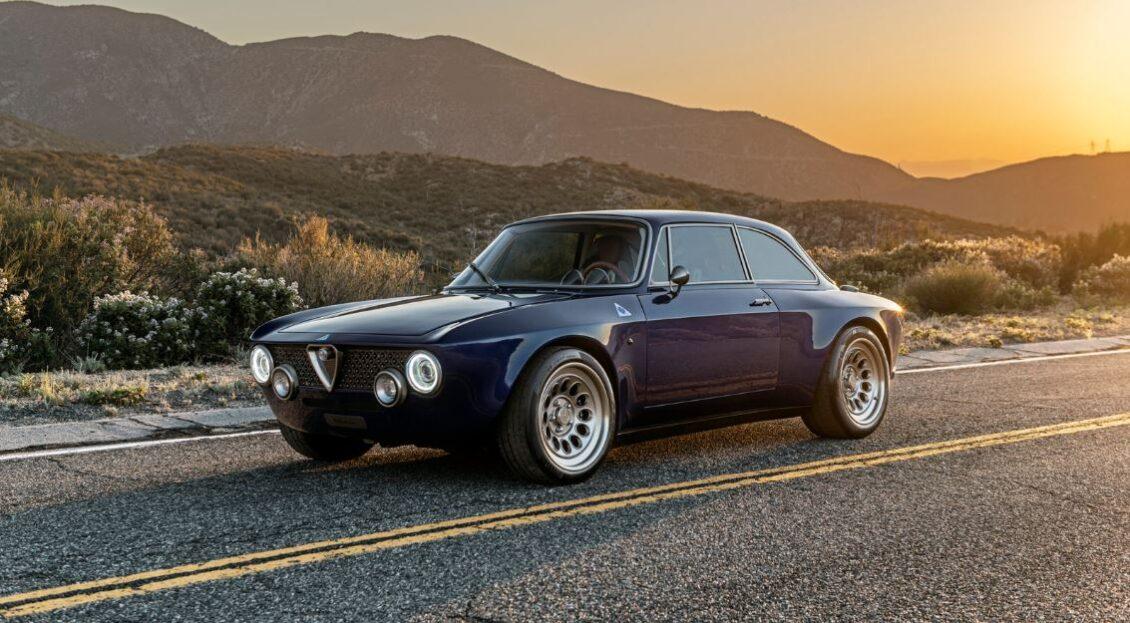 Vuelve el Alfa Romeo Giulia original: ¿Lo quieres EV o con un V6 de 612 CV?
