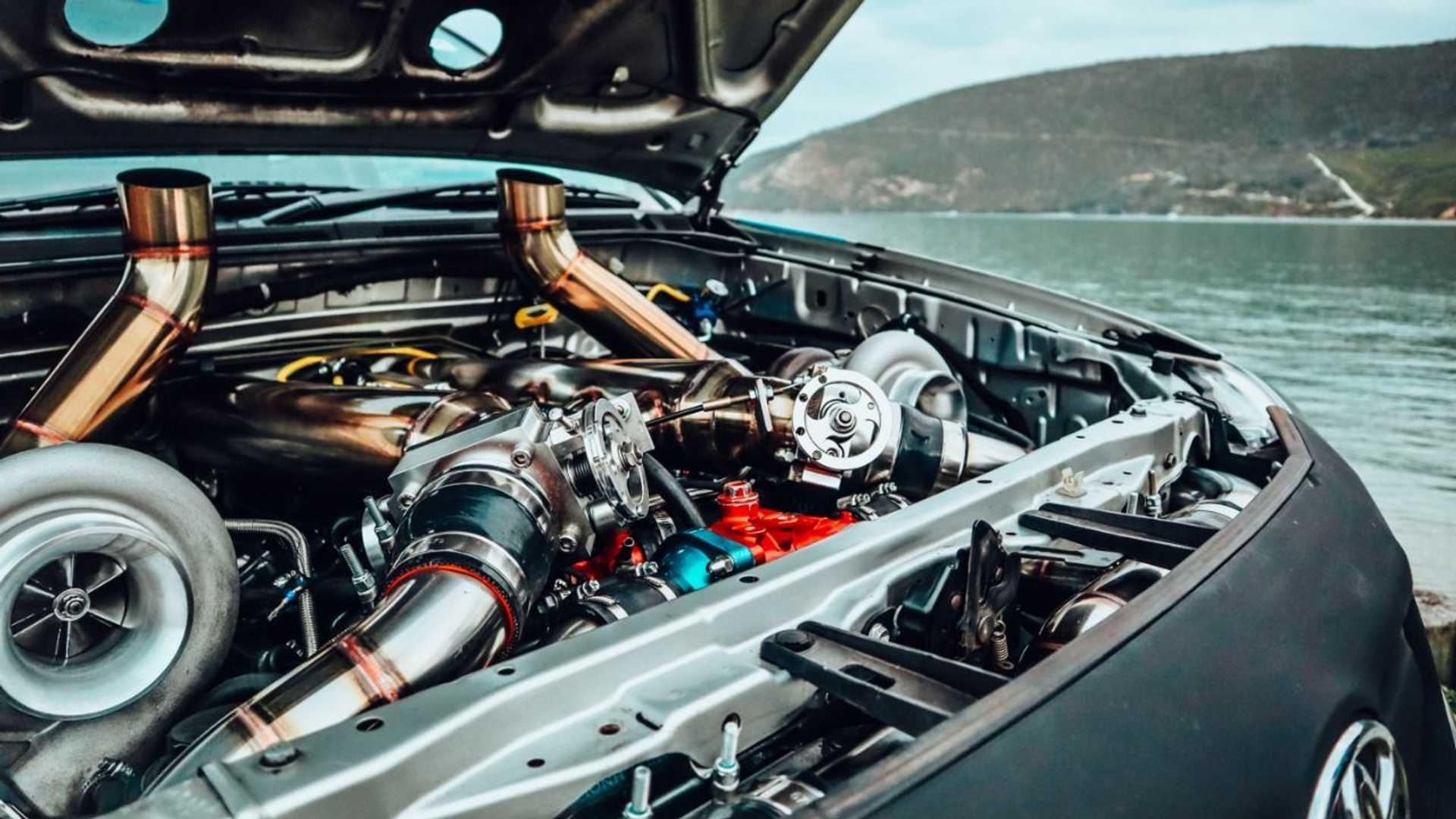 Motor Toyota Hilux V12