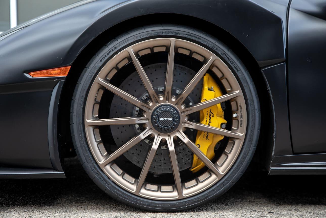 Cómo limpiar los neumáticos