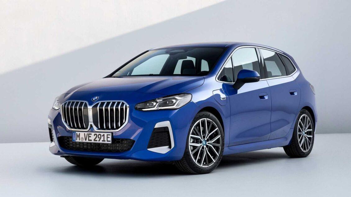 ¿Qué te parece el nuevo BMW Serie 2 Active Tourer?: vuelven los riñones de gran tamaño, pero esta vez…