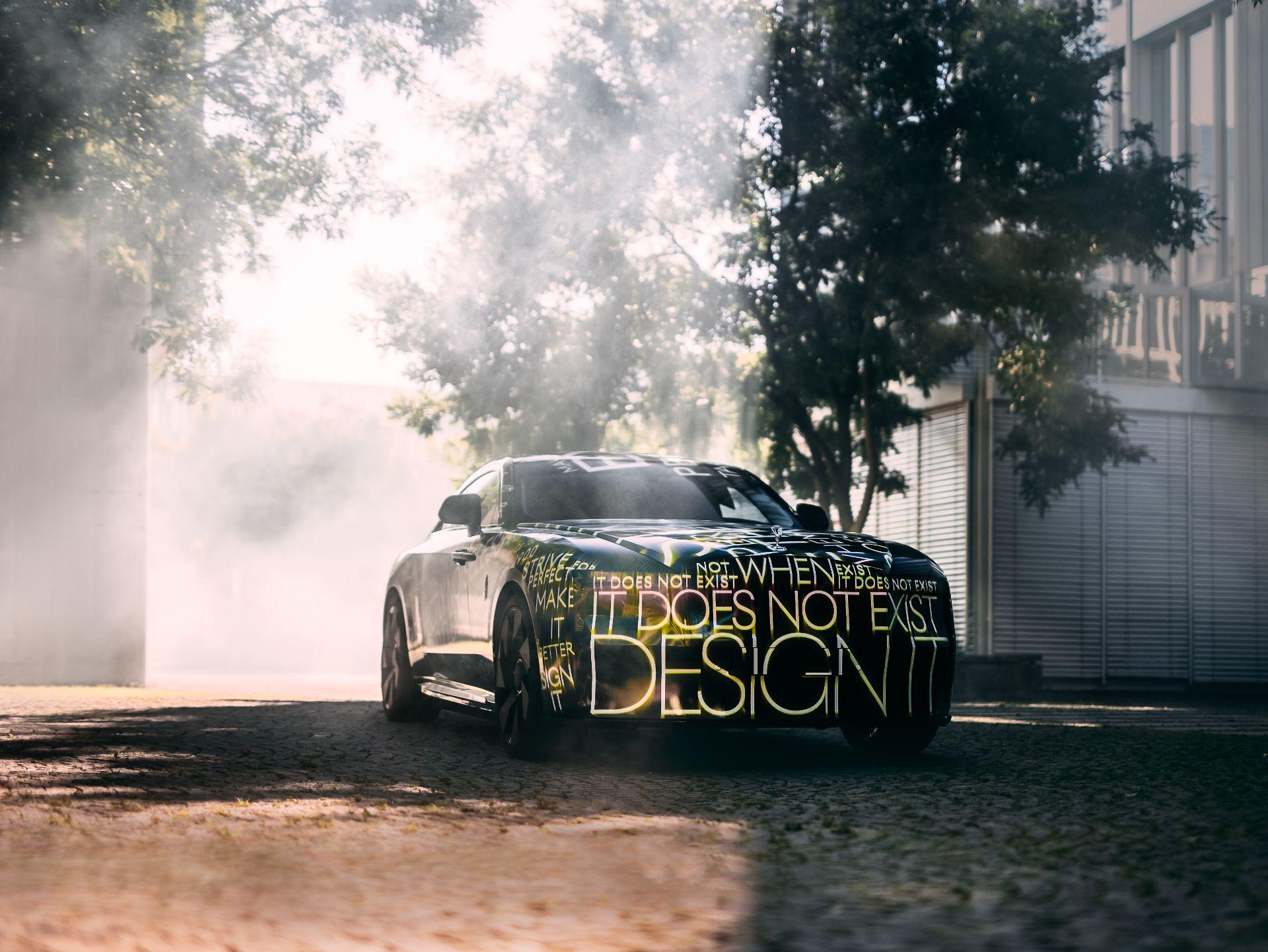 El primer Rolls-Royce eléctrico llegará en 2023