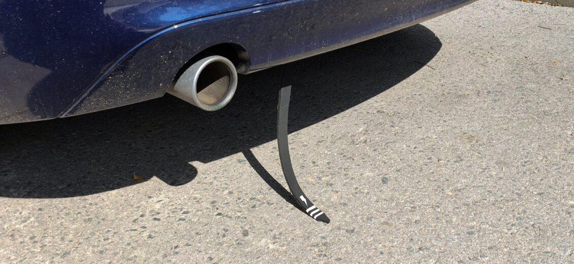 ¿Para qué servía aquella tira de goma que se colocaba en el parachoques de los coches?