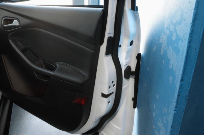 Ford protegerá sus coches y los de los demás frente a arañazos y abolladuras