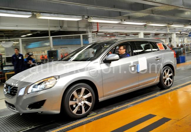 Volvo reduce su producción