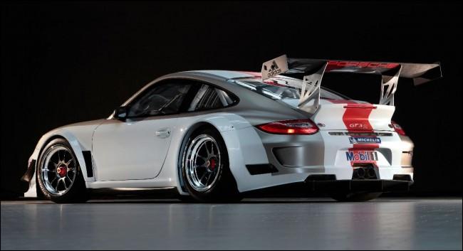Porsche 911 GT3 R 2012: en busca del coche de carreras perfecto