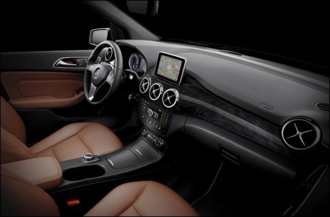 Primeras fotografías el interior de la nueva Clase B de Mercedes