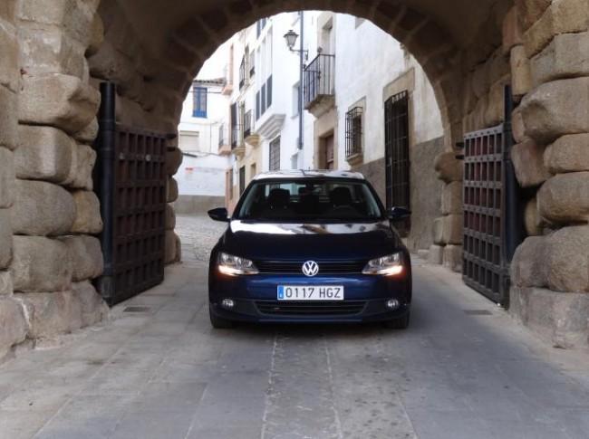 El hermano pequeño del Passat: Volkswagen Jetta (Parte II)