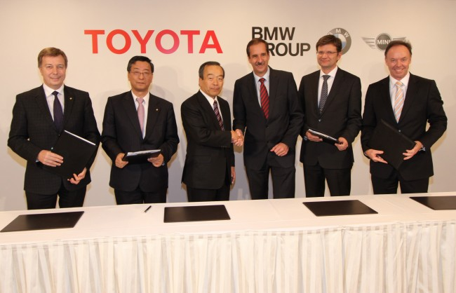BMW y Toyota se unen para compartir baterías y motores