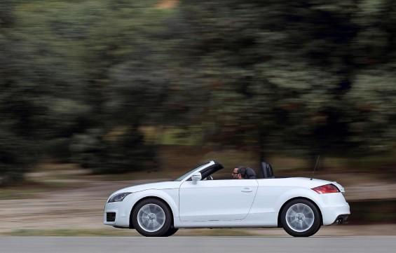 """No todo es blanco y negro… ¿o si?: Audi TT """"Black & White"""" edition."""