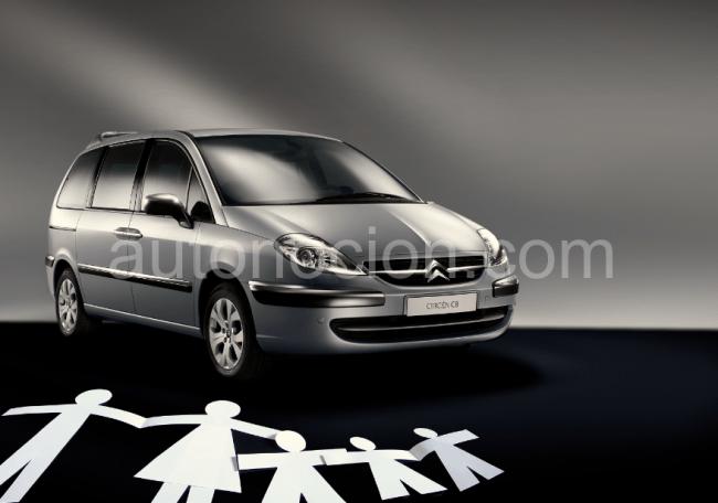Citroën C8, ayuda a la economía familiar