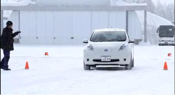[Vídeo] El Nissan Leaf también funciona en la nieve