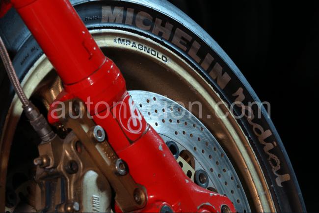 25 aniversario del neumático Michelin X Radial de moto
