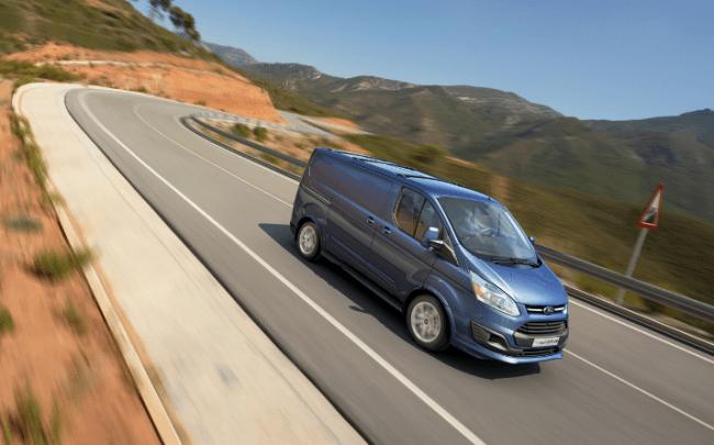 Ford quiere revolucionar el mercado de los comerciales con la Transit Custom