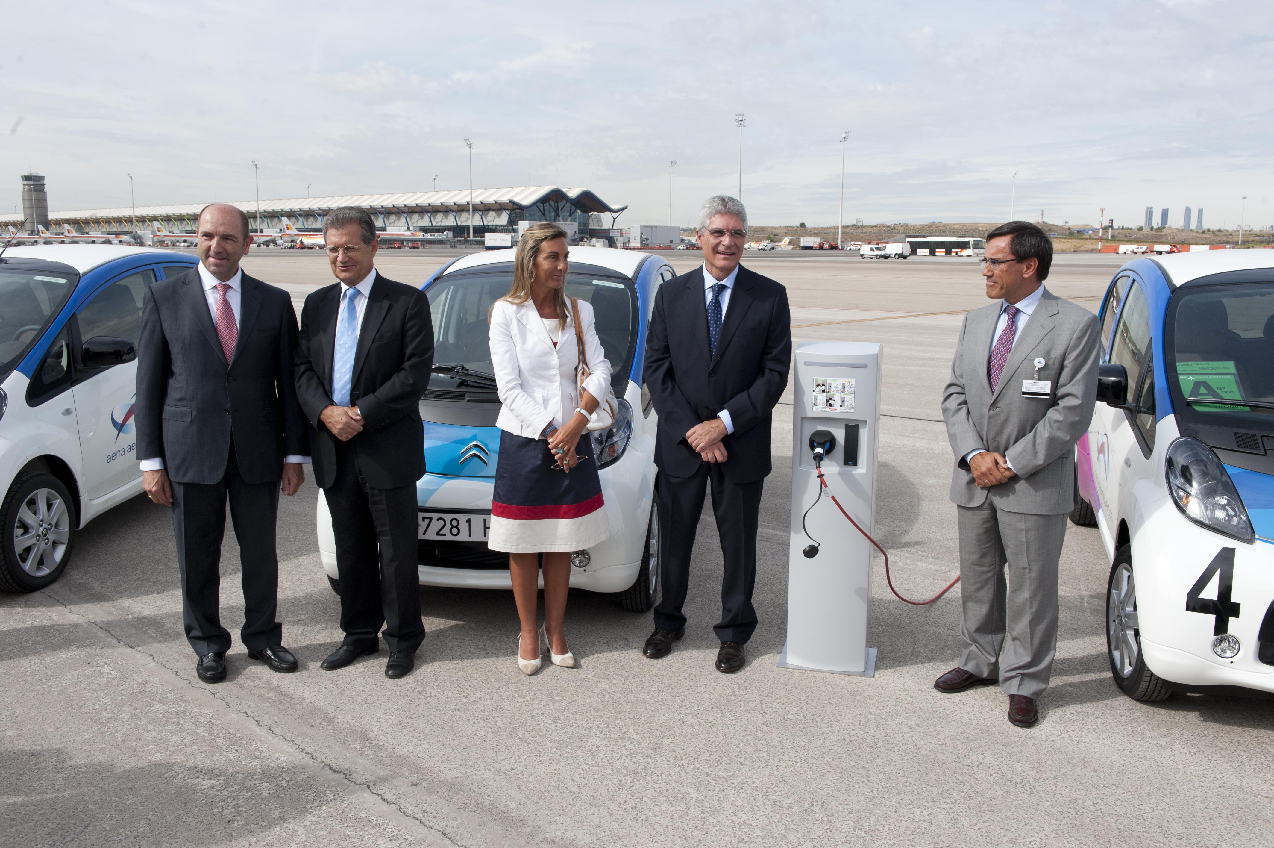 Nuevos coches eléctricos para AENA
