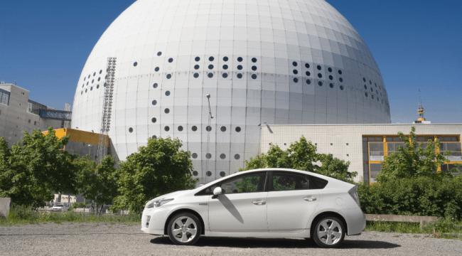 Toyota dona generadores eléctricos