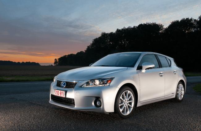 Lexus asumirá la subida del IVA durante el mes de septiembre