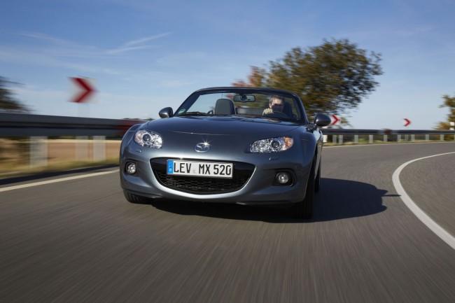 Mazda MX-5 Facelift: Aspecto mejorado, agilidad avanzada
