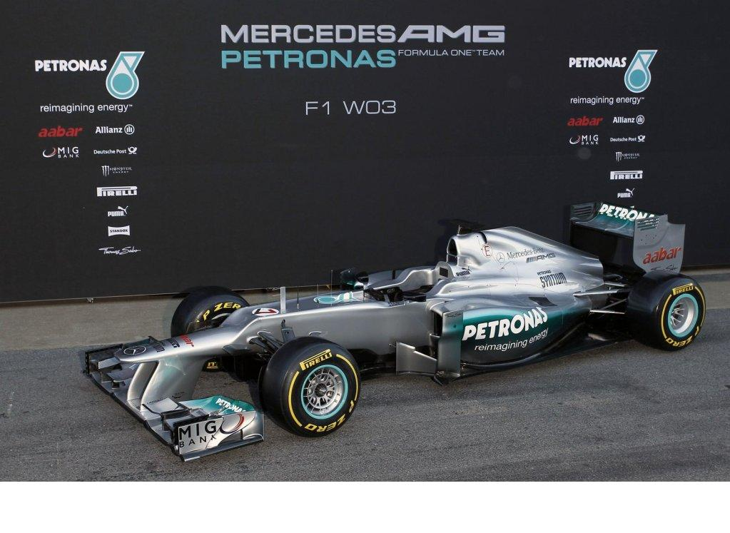 Mercedes AMG presenta su monoplaza, el W03