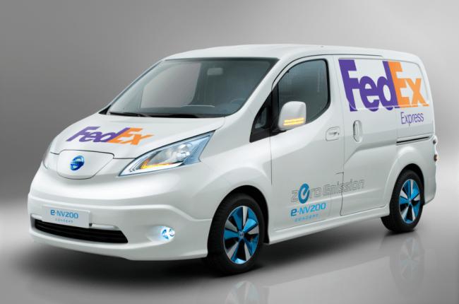 FedEx y Nissan cooperan probando la Nissan E-NV200 100% eléctrica