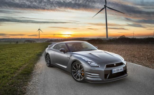 El Nissan GT-R 2013 será más rápido y tendrá un mejor manejo