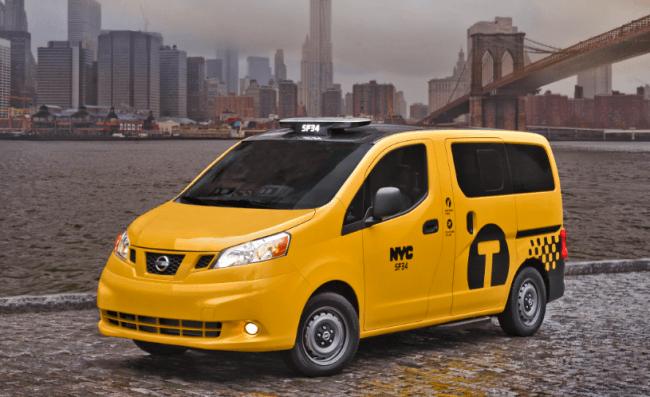 Los yellow cab ahora serán Nissan NV200 y tendrán techo de cristal