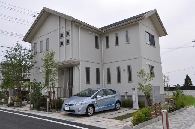 Ahora Toyota también construye casas