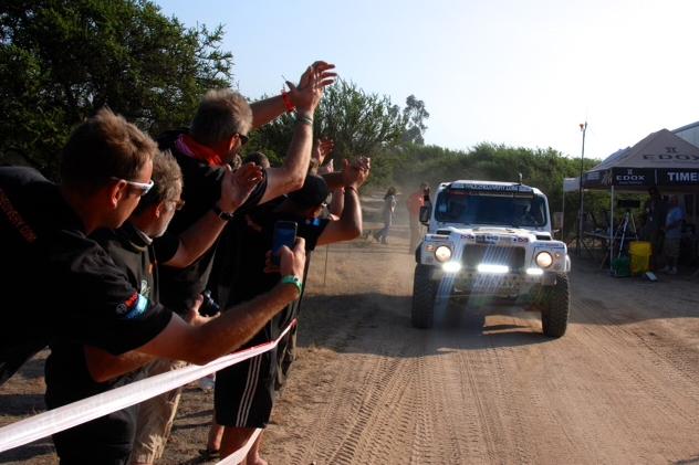 Race2Recovery, el primer equipo de discapacitados que completa El Dakar