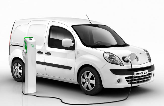 Primer aniversario de la Renault Kangoo Z.E 100% eléctrica