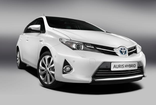 Toyota llama a revisión a los Corolla Sedan, Avensis y Prius