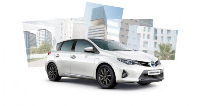 Adorna al nuevo Toyota Auris con la nueva línea de accesorios