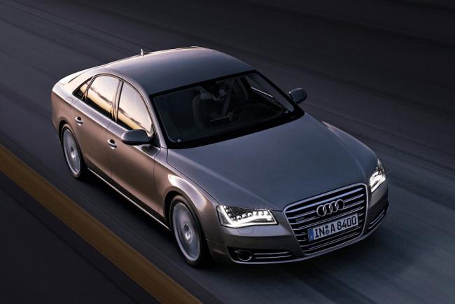 Audi prepara un V8 biturbo para el A8