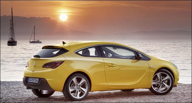 El Opel Astra GTC viene pisando fuerte