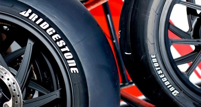 Bridgestone fabrica el neumático más grande del mundo
