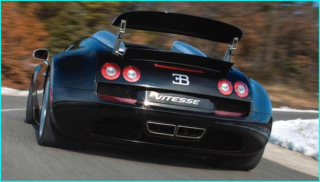 409 Km/h, solo podía ser Bugatti