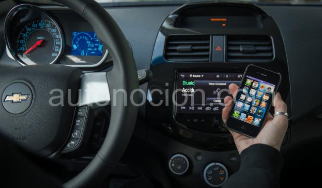 El Chevrolet Spark y el Aveo conducen con Siri