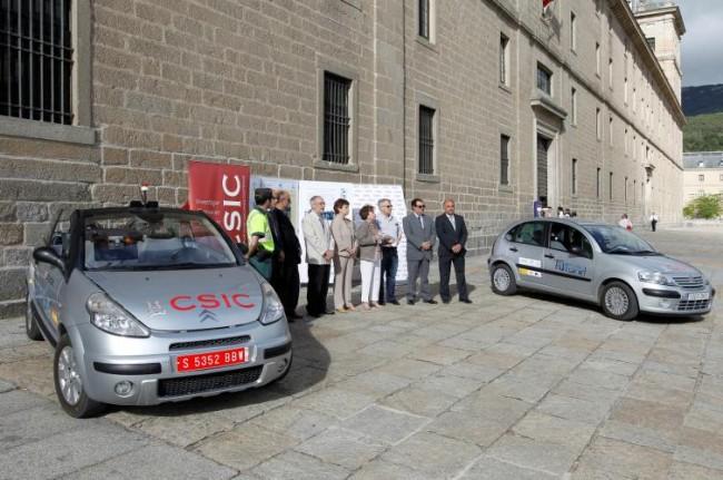 Tan cierto como dos Citroën C3 sin conductores por la carretera