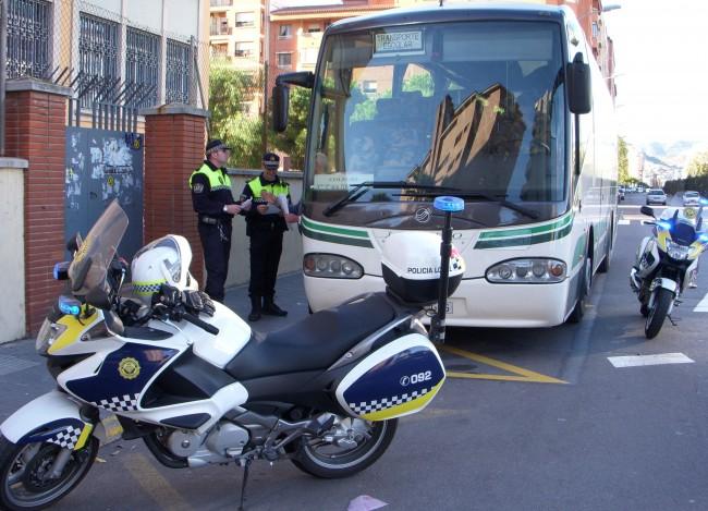 Tráfico pone en marcha una nueva campaña de vigilancia de transporte escolar