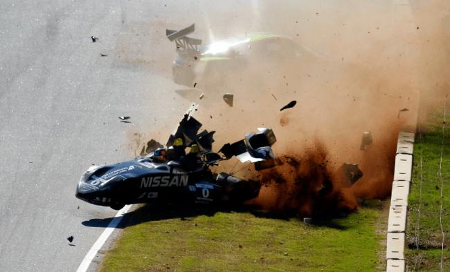 El Nissan DeltaWing de Gunnar Jeannette sufre un aparatoso accidente
