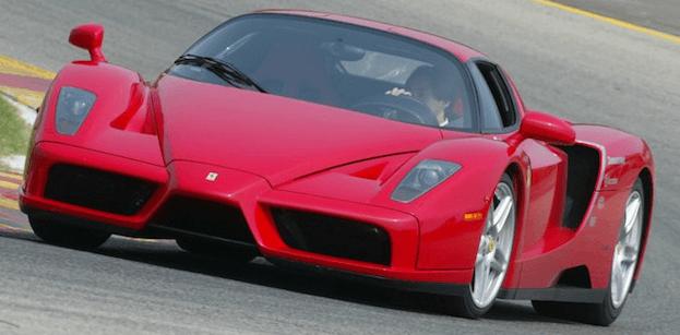 Ferrari mostrará el reemplazo del Enzo a unos pocos para finales del 2012