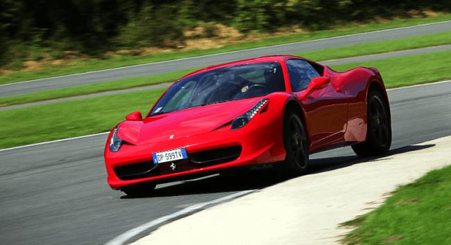 El Ferrari 458 Italia recibe su trigésimo quinto premio