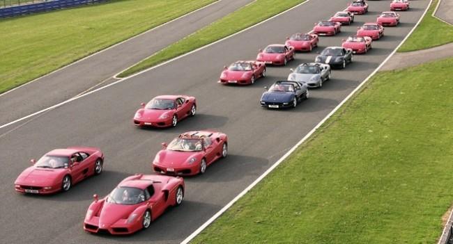 Ferrari intentará volver a entrar en el Guinnes juntando a más de 600 propietarios y sus coches