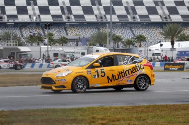 El estreno en competición del nuevo Ford Racing ST-R