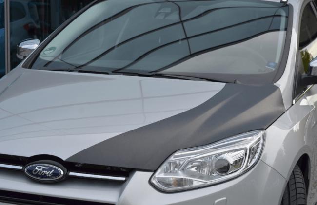 Ford Desarrolla la Tecnología de Fibra de Carbono