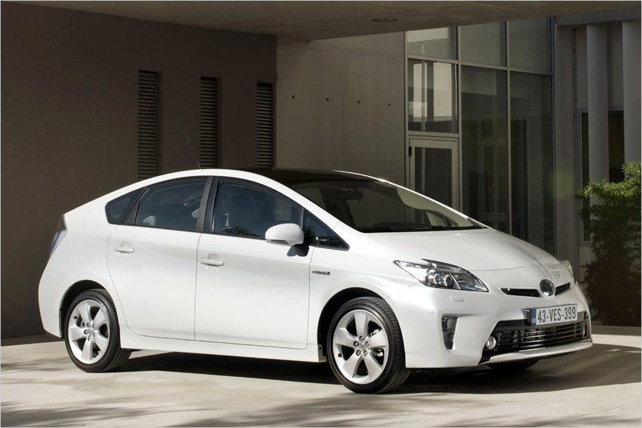Llega el renovado Toyota Prius 2012