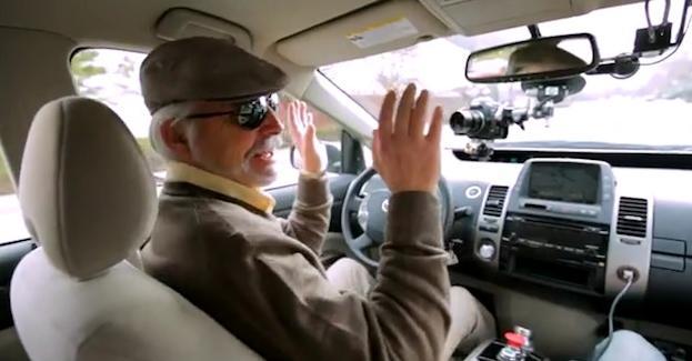 [Vídeo] Google ayuda a las personas ciegas a conducir