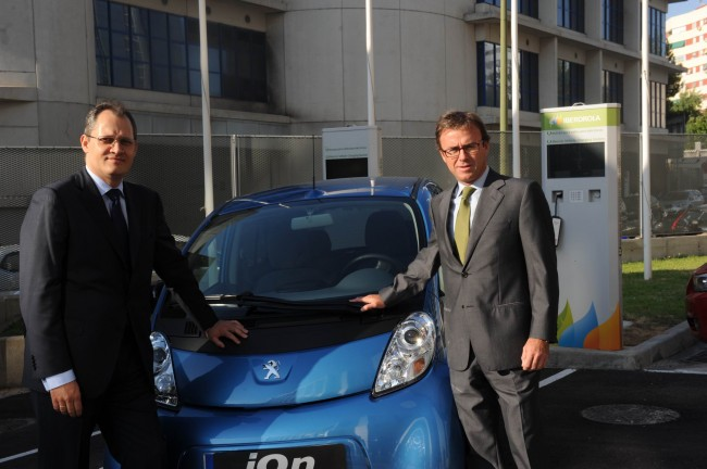 Peugeot e Iberdrola colaboran mano a mano para fomentar la movilidad eléctrica