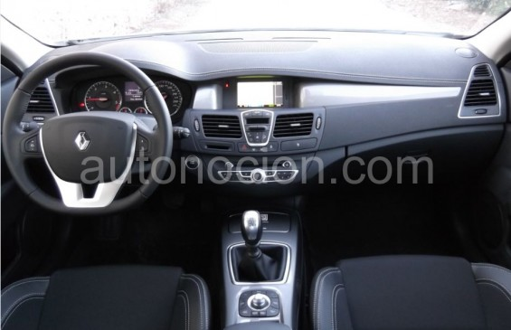 interior laguna coupe