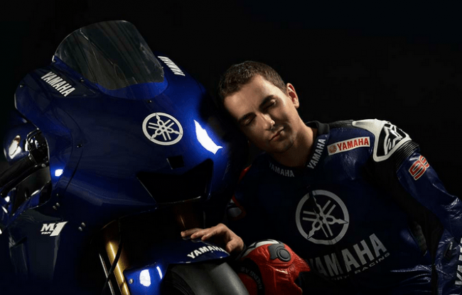 Jorge Lorenzo presenta su nuevo casco